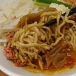 61025256 - スタミナ担々麺 麺