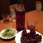 蔡菜食堂 - スペアリブの黒酢ソース炒め&新緑ザーサイ&紹興酒