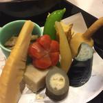 あかね - 料理写真:つきだしは正月バージョン(¥1300)