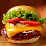 クアアイナ - 【NEW】BBQ厚切りチェダーチーズバーガー