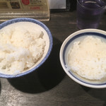 61073479 - 白飯 中(左)と白飯 小(右)