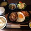 ちっぽら食堂 - 料理写真:ハンバーグ定食 ¥800