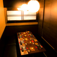 大小様々な個室で少人数から団体まで様々なシーンに柔軟に対応