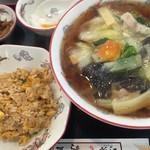 らぁめん 龍江 - 料理写真:タン麺(醤油味)炒飯セット
