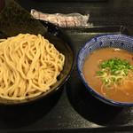 麺屋 中川會 - 濃厚魚介つけ麺中盛り