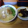 三徳らーめん - 料理写真:「らーめん+おでん3個」720円