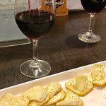 ベルエキップ - ワイン&チーズクラッカー
