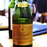 ブラッスリー ロノマトペ - Flutelle Blanc de Blanc 乾杯にピッタリな白泡♪ 辛口だけどフルーティな美味しさ☆