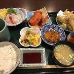 丸喜寿司 - ランチA定食