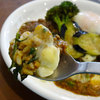 アプランティ - 料理写真:限定3種のチーズと春菊のキーマカレー980円
