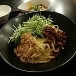 リトル成都 - 【ランチ】リアル担々麺