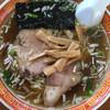 かざま屋 - 料理写真:昔ながらの雰囲気です。ラーメン600円。