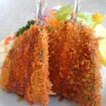 キッチンK - 料理写真:立派なアジフライが二枚。