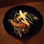 ソラマメ食堂 - 大粒なめこと水菜の煮びたし