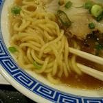 清麺屋 - 中太麺