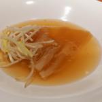 中華 たかせ - フカヒレ尾の姿の上湯とろみスープ