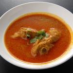 アジャンタ - 料理写真:チキンカレー