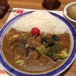 エチオピアカリーキッチン - 来ました来ました、辛さレベル5の野菜カレー