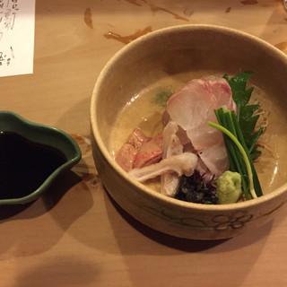 旬味 泰平 - 料理写真:越前くえの刺身 脂のノリ良し 肝カワハギより美味しい