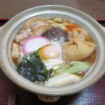 うどん処 杉 - 鍋焼き(900円)