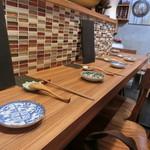 中国料理 六徳 恒河沙 - カウンターのみです
