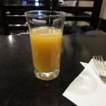 カプチーノ詩季 - オレンジジュース付き