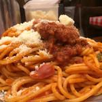 スパゲッティーのパンチョ - ナポリタン大盛りトッピングハンバーグ890円