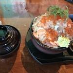 伊豆高原ビール本店レストラン - 漁師の漬け丼