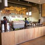 ブルーボトルコーヒー - 販売カウンター