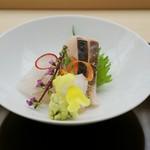 季節料理 なかしま - おまかせ お刺身盛り合わせ 鰆の炙り・鮃・水烏賊・雲丹