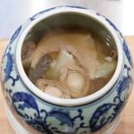蓮香 - 料理写真:佛跳牆