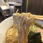 まるは BEYOND - 麺箸上げ