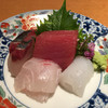 甚九郎 - 料理写真:コース一皿目。シマアジ、天然鯛、マグロ、アオリイカのお造り