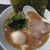 武蔵家 - 料理写真:ラーメン(並)(650円)+味玉