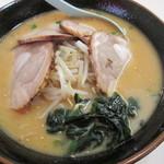 くるまやラーメン - 料理写真:味噌チューシュー970円