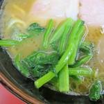 61574182 - 青菜は小松菜辺りで茎のシャキシャキ感がイイ感じでした!
