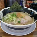 らぁ麺膳房 - 膳房らぁ麺 680円