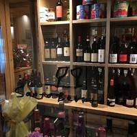 300本のワインを常備