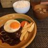 小川商店 - 料理写真:デミグラスハンバー(ライス大盛無料、味噌汁付)  + 目玉焼き(トッピング)   980円 + 80円