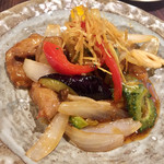 ちゅら屋 - たっぷり野菜と豚肉の黒酢炒め