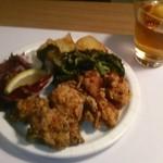 wabisuke - [料理] 鶏ももの唐揚げ セット全景♪w ①