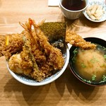 61596614 - 天丼  松 &味噌椀   別アングル