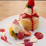 パンケーキママカフェ VoiVoi - 苺のパンケーキ