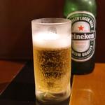 手打ち麺やきそば専門 真打みかさ - ハイネケン ビール