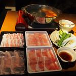 しゃぶしゃぶ かおり  渋谷店 - しゃぶしゃぶ食べ放題