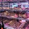 熟成肉LAB DA★BUTCHERS - 料理写真:本厚木1号店は40日、こちら多摩センター店の新しい硝子張り熟成庫なら20日でお肉の熟成は完了します。遠赤外線+マイナスイオンだそうで、黴が発生しにくいらしい。高かったのでしょうね(笑)。
