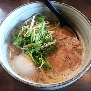 と市 - 料理写真:【味玉らーめん】¥850