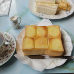 貴奈 - トーストセット650円(ドリンク+ゆで卵付き)