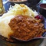 金魚鉢 - 「挽肉ドライカレー」850円+「大盛り」100円