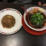 新福菜館 - 中華そば(小)+焼めし(小)
